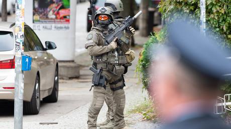 Die Polizei hat in Offenbach drei mutmaßliche Islamisten festgenommen. Sie sollen offenbar einen Terroranschlag im Rhein-Main-Gebiet geplant haben. (Symbolfoto)