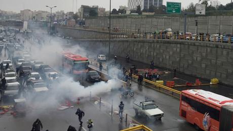 Proteste im Iran gegen die Erhöhung der Benzinpreise, Teheran, Iran, 16. November 2019.