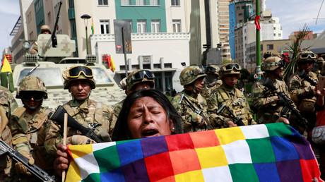 Bolivien: Das Militär kommt gegen Anhänger des gestürzten Präsidenten Evo Morales zum Einsatz (La Paz, 15. November 2019).
