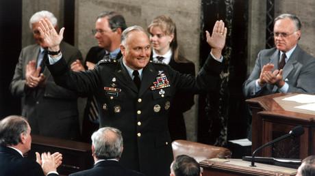General Norman Schwarzkopf Jr. erhält am 8. Mai 1991 im US-Kongress stehende Ovationen für die