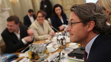 Verkehrsminister Andreas Scheuer (CSU) bei der wöchentlichen Kabinettsitzung in Berlin am 17. November
