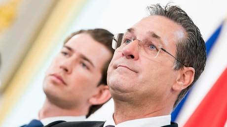 Ex-Bundeskanzler Sebastian Kurz und Ex-Vizekanzler Heinz-Christian Strache im Bundeskanzleramt in Wien, 24.04.2019.  Foto:  EIBNER/EXPA/Michael Gruber
