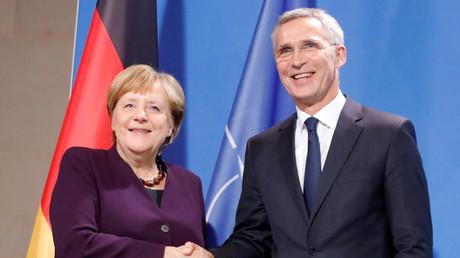 Bundeskanzlerin Angela Merkel mit NATO-Generalsekretär Jens Stoltenberg während einer Pressekonferenz in Berlin am 7. November 2019.