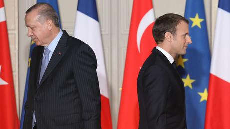 Sorgen gerade für richtig Ärger in der transatlantischen Allianz: Frankreichs Präsident Emmanuel Macron und sein türkischer Amtskollege Recep Tayyip Erdoğan (Bild vom 5.1.18)