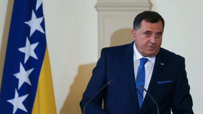 """Vertreter der Serben in Bosnien: """"Westen will uns NATO-Mitgliedschaft aufzwingen"""" (Video)"""