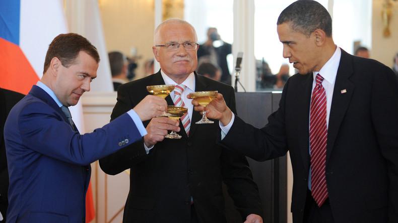 """Putin ist bereit, """"ohne Bedingungen und weitere Diskussionen"""" das New START-Abkommen zu verlängern"""
