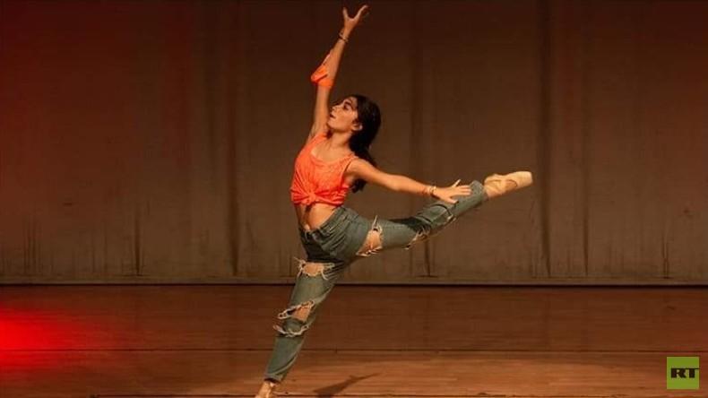 Die Ballerina: Telefonat eines syrischen Flüchtlings in seine Heimat