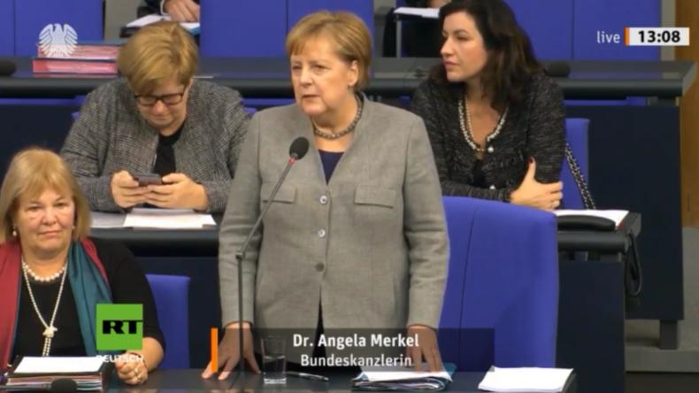 Merkel antwortet auf AfD-Frage zu Tod in Augsburg und allgemeiner Migranten-Kriminalität