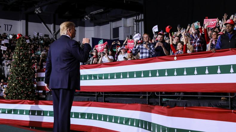 """Trump in Uncle Sam-Pose mit Botschaft an seine Wähler: """"Sie sind hinter euch her"""""""