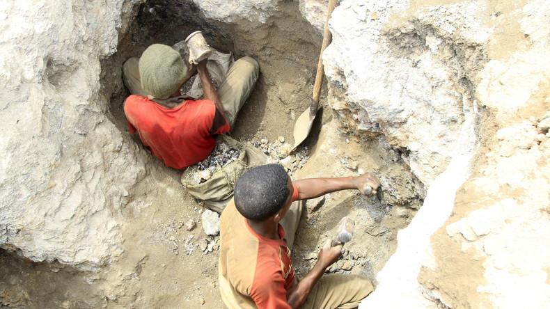 Ausbeutung von Kindern in Kobaltminen: Klage gegen Microsoft, Apple und Co (Video)
