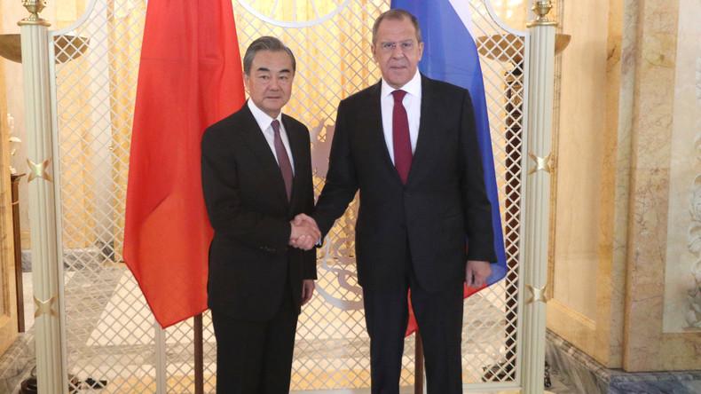 """Chinesischer Außenminister: Vertrauen zwischen Russland und China """"unerschütterlich"""""""
