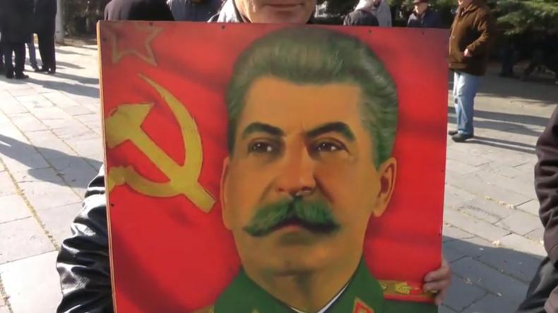 Georgien: Kommunisten feiern Stalins 140. Geburtstag in seinem Geburtsort