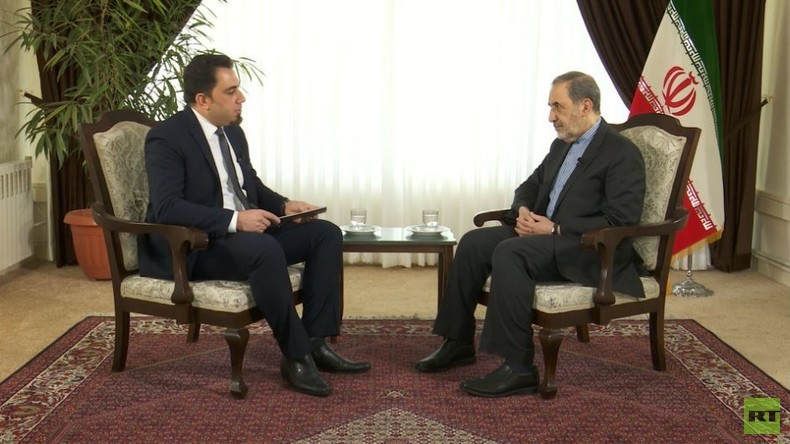 """Chameneis Berater zu RT: """"Es schickt sich nicht für Europa, der US-Politik schweigsam zu folgen"""""""