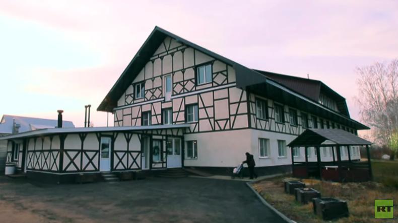 """Deutsche Auswanderer in russischem Dorf: """"Russen mögen die Deutschen"""" (Video)"""
