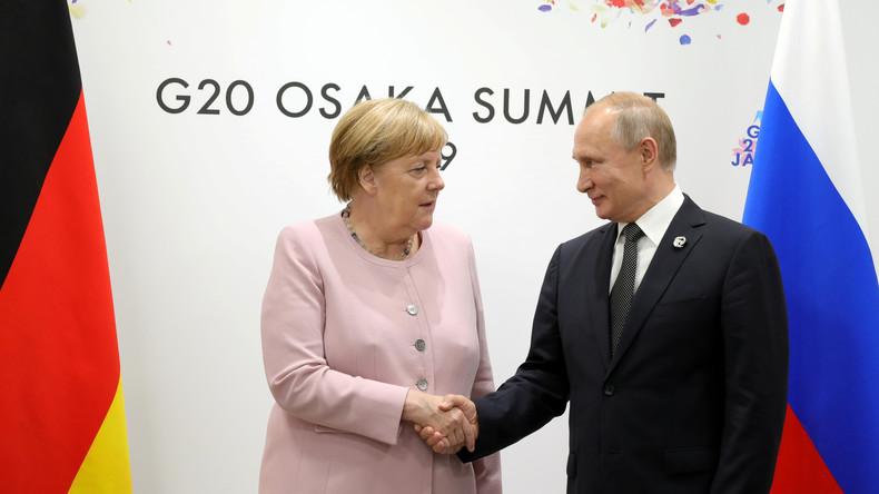 Umfrage in Deutschland: Außenpolitisches Vertrauen zu Merkel und Putin am größten