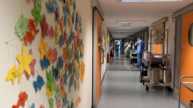 Personalnot in Kliniken: Bessere Bezahlung von Pflegekräften gefordert