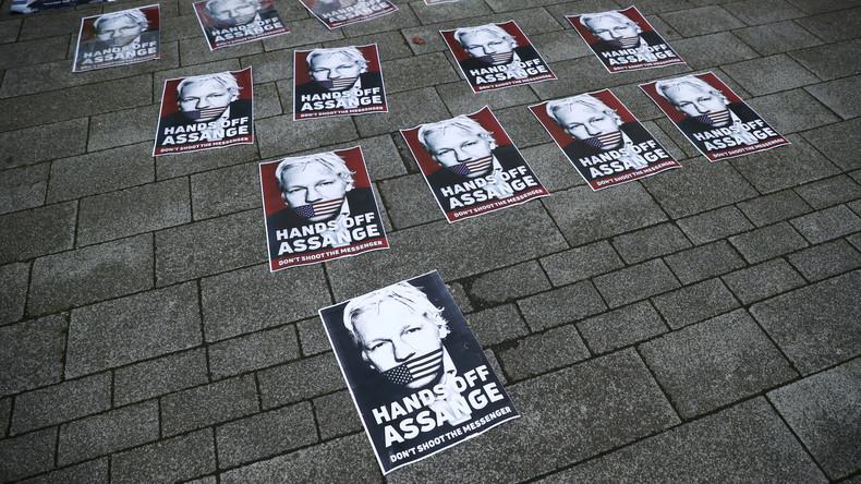 """""""Ich sterbe hier langsam"""": Assanges Freund berichtet RT über Telefonat mit WikiLeaks-Gründer"""
