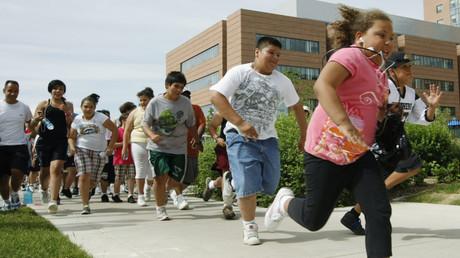 Symbolbild: Fitnesstraining für übergewichtige Kinder, Aurora, Colorado, USA, 5. Juni 2010.
