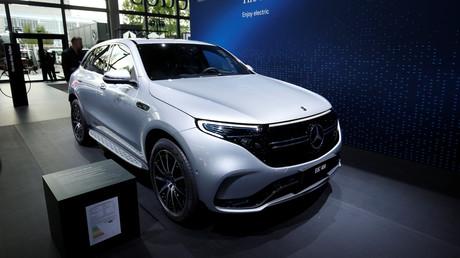 Zukunftsweisend, kostengünstig, umweltfreundlich? Der zweieinhalb Tonnen schwere Mercedes-Benz EQC auf der Frankfurter Automesse im September 2019