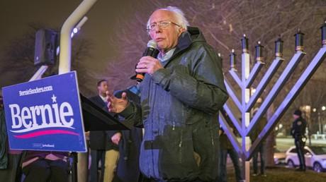 Senator Bernie Sanders bei einem Wahlkampfauftritt um die US-Präsidentschaftskandidatur der Demokraten im Jahr 2020,