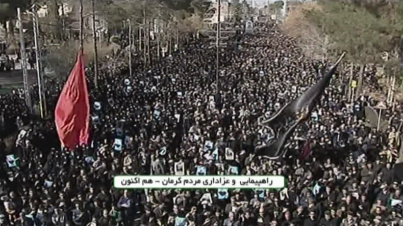 """Nach US-Attentat auf iranischen Top-General: Massenproteste, Tränen und Rufe """"Tod für Amerika"""""""