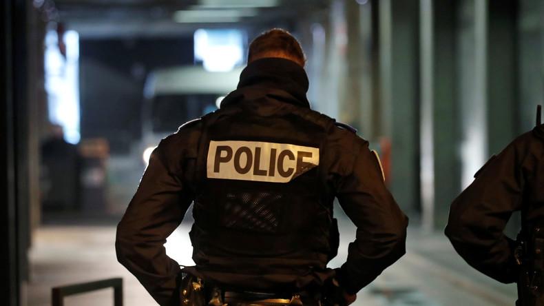 Polizei erschießt mit Messer bewaffneten Angreifer in der Nähe von Paris: 2 Tote und 2 Verletzte
