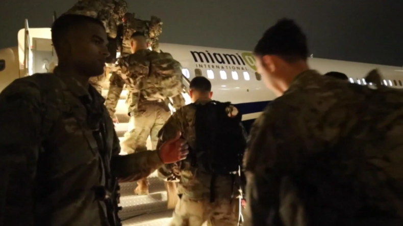 """Nach Soleimani-Mord: USA entsenden Hunderte Soldaten der """"Sofort-Einsatztruppe"""" in den Nahen Osten"""