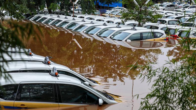 Indonesien mindert weitere Überschwemmungen mittels Wolkenimpfungen
