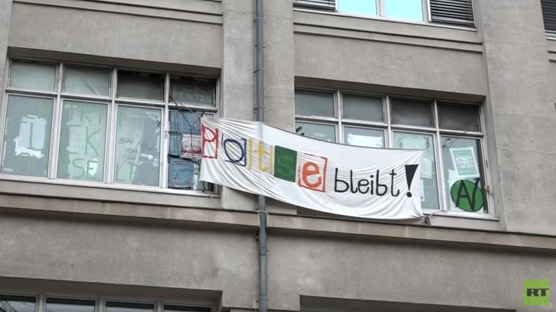 """""""Potse bleibt!"""": Berliner Jugendliche demonstrieren gegen Räumung ihres Jugendzentrums (Video)"""
