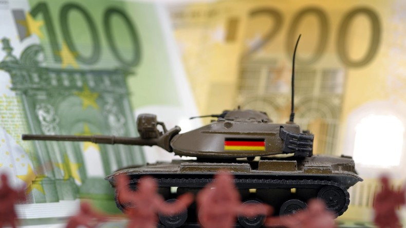 Neuer Rekord - Bundesregierung genehmigte Rüstungsexporte für mehr als acht Milliarden Euro