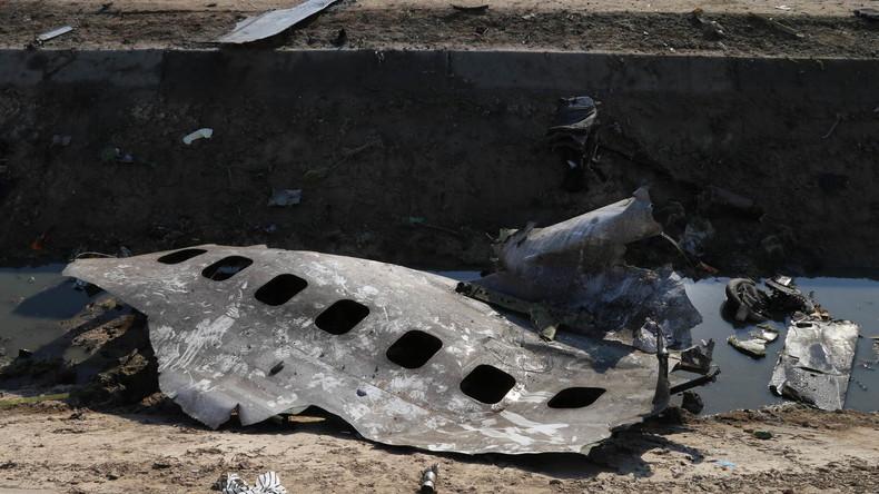 Trauer um Opfer der Boeing 737 – schreckliche Szenen am Absturzort