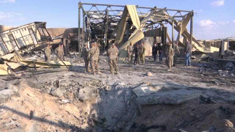 Irak: Nach iranischem Raketenbeschuss – US-Soldaten räumen Trümmer auf Militärbasis auf