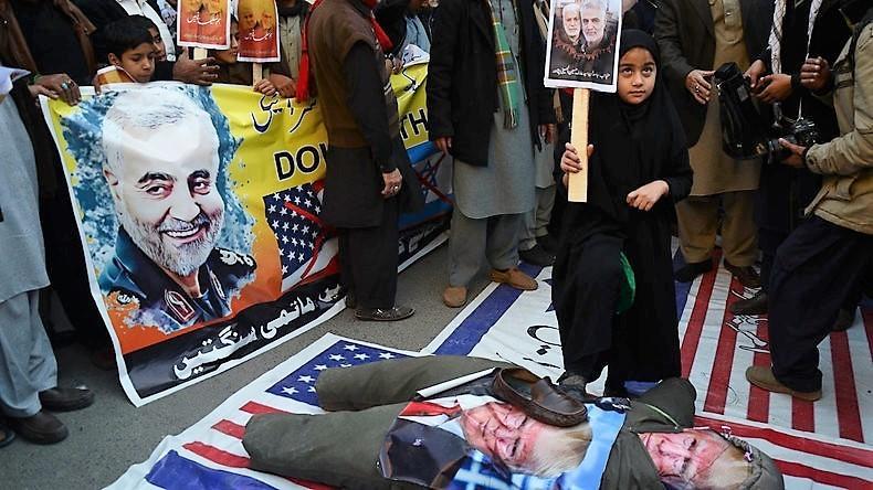 """Nach dem Mord an Soleimani: Trump legt nach und nennt den ermordeten General """"Hurensohn"""""""