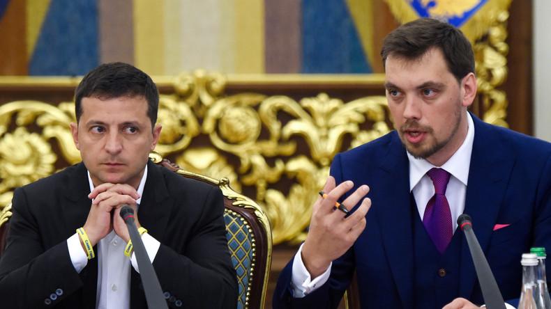 Ukraine: Präsident Selenskij lässt Rücktritt von Regierungschef prüfen