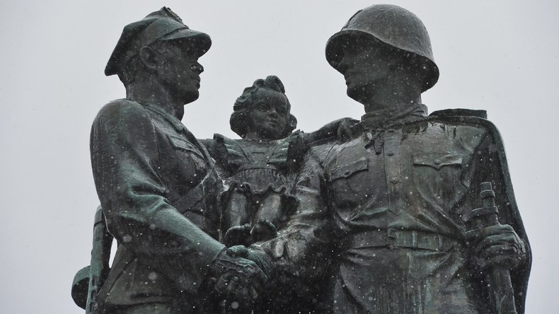 Polnischer Historiker: Warschau ignoriert den 75. Jahrestag seiner Befreiung vom Faschismus
