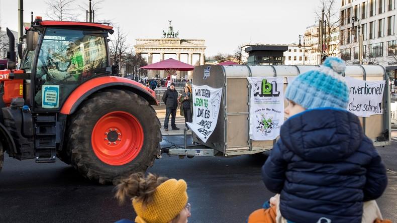 LIVE: Landwirte protestieren in Berlin gegen Agrarpolitik