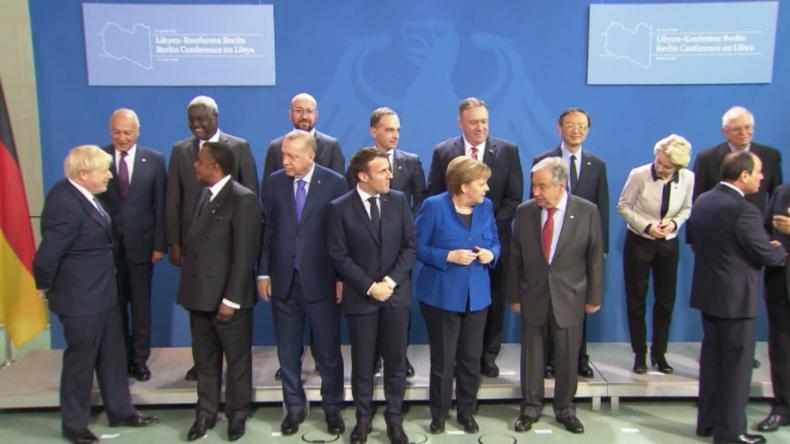 Er hat es wieder getan: Putin lässt Merkel und Co. bei Libyen-Konferenz in Berlin warten