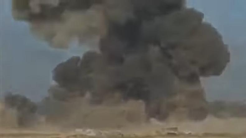 Syrische Armee jagt Selbstmordattentäter in Dschihad-Mobil in die Luft