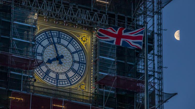 Nach Ratifizierung kann der Countdown zum Brexit beginnen