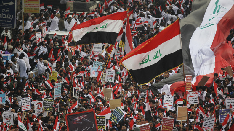 """Teilnehmer am """"Millionenmarsch"""" in Bagdad fordern Abzug aller US-Truppen aus dem Irak (Videos)"""
