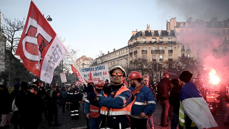 LIVE: Paris – Proteste gegen Macrons Rentenreformpläne gehen weiter