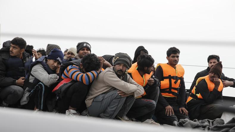 Neue Barrikade gegen Migranten: Griechenland will Barriere auf See errichten