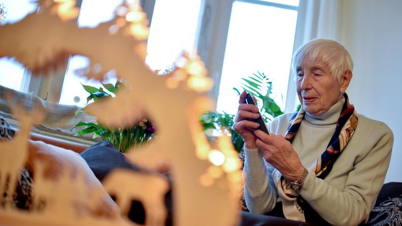 Silbernetz: Eine Hotline gegen Einsamkeit im Alter (Video)