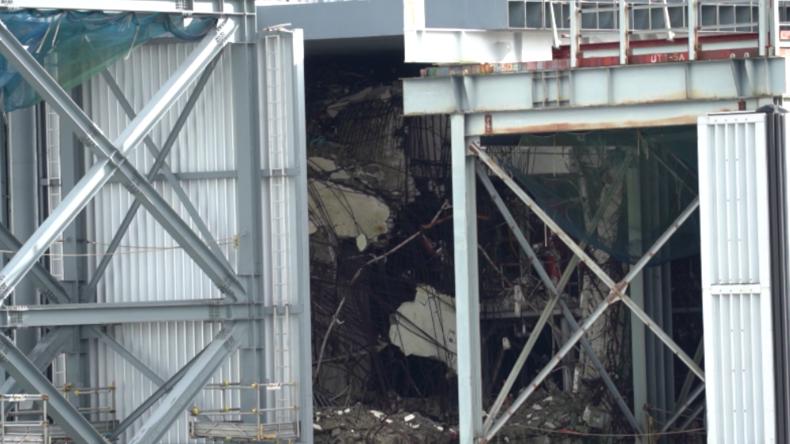 Rundgang durch zerstörtes Atomkraftwerk Fukushima – Schäden noch immer zu sehen