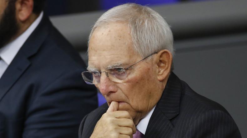 """Wolfgang Schäuble: Lehre aus Auschwitz besteht nicht im """"militärischen Wegducken"""""""