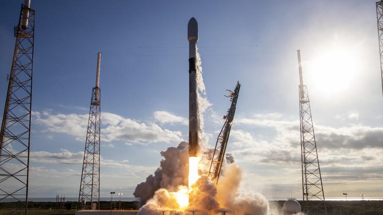 Enttäuschung für Bewerberinnen: Erster SpaceX-Weltraumtourist fliegt doch allein zum Mond