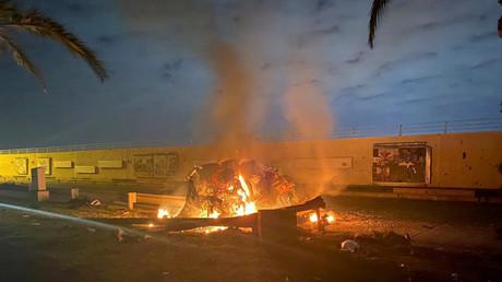 Erst der Anfang? Brennende Trümmer nach dem US-Angriff in Bagdad