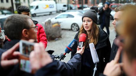 Deutsche Klimaaktivistin Luisa Neubauer bei einer Pressekonferenz nach Gesprächen mit Siemens, Berlin, Deutschland, 10. Januar 2020.