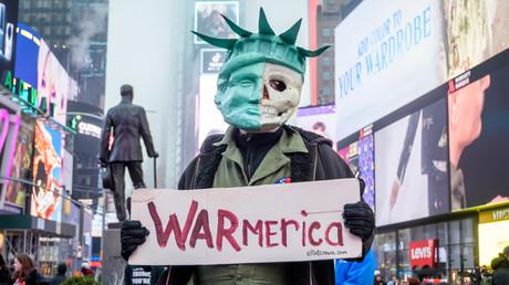 Protest gegen die Stationierung von US-Truppen im Irak in New York, 04.01.20.