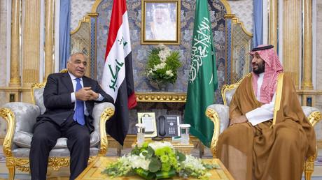 Der irakische Premierminister Adil Abd al-Mahdi und der saudische Kronprinz bin Salman bei einem Treffen am 25. September in Dschidda, Saudi-Arabien. Abd al-Mahdi erklärte nach der Ermordung des iranischen Generals Soleimani, dass dieser in diplomatischer Mission nach Bagdad gereist sei.